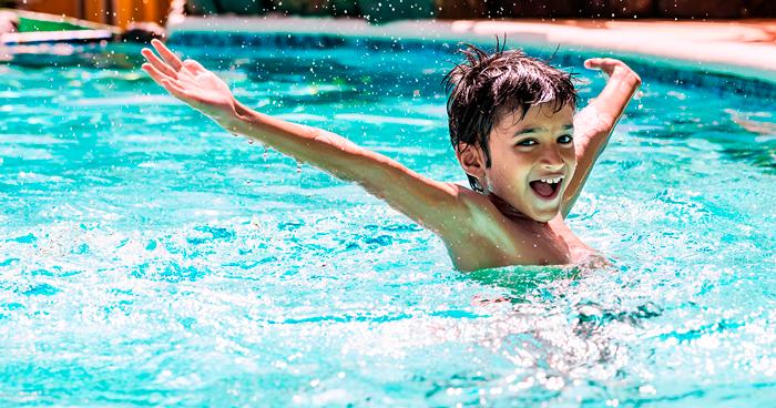 vantagens da bomba de calor para aquecimento de piscinas